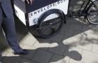 EnvelopeBook Delivery Bike